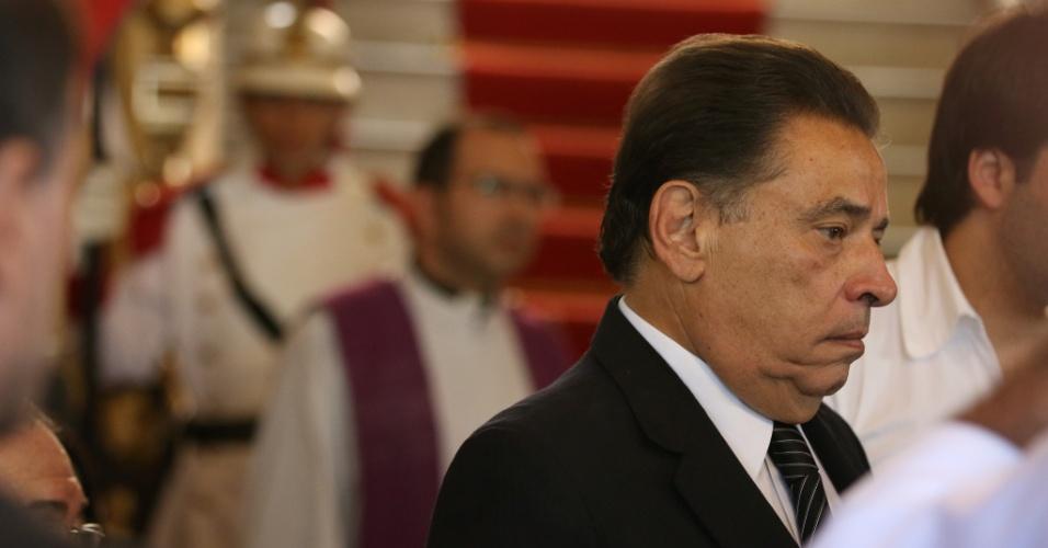 24.jul.2014 - João Lyra, governador de Pernambuco, durante o velório do escritor Ariano Suassuna, realizado no palácio do Campo das Princesas, em Recife