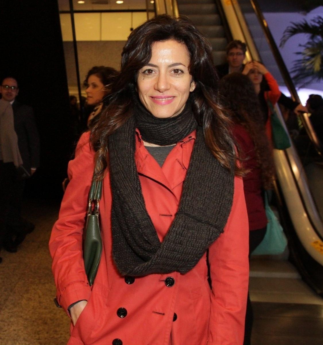 24.jul.2014 - Marina Person prestigiou a estreia da peça