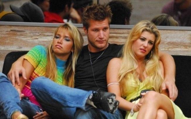 """Em 2007, Íris Stefanelli participou do """"Big Brother Brasil 7"""" junto com Fani Pacheco e Diego Alemão."""