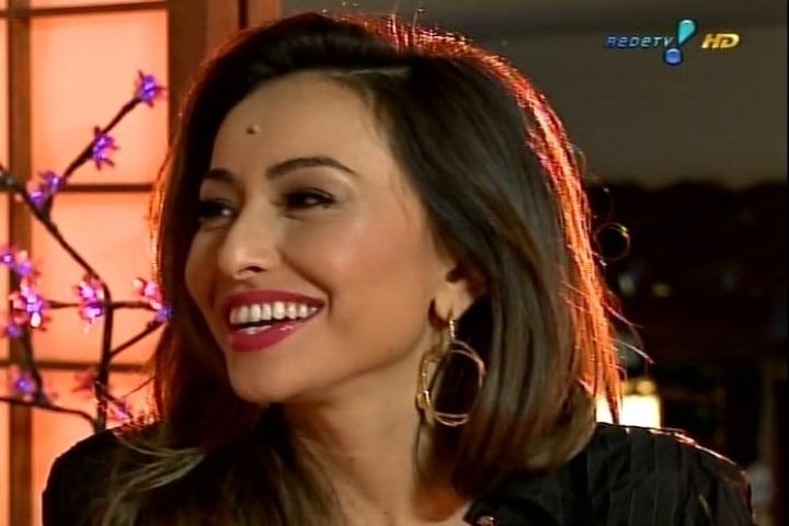 Sabrina Sato conversa com Luciana Gimenez no