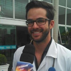 Bruno Dubeux é médico na vida real