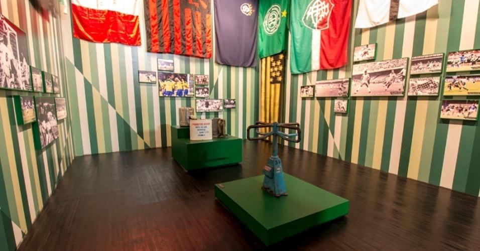 Localizado no Mineirão, o Museu Brasileiro do Futebol guarda a primeira catraca utilizada no estádio, em 1965