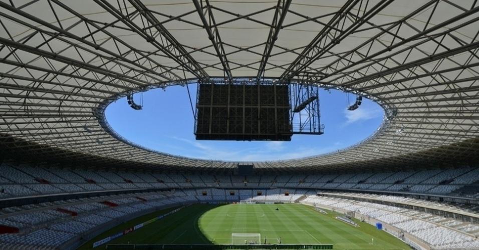 O estádio do Mineirão recebeu duas partidas da Seleção Brasileira na Copa do Mundo: a vitória nos pênaltis sobre o Chile e o fatídico 7 a 1 para a Alemanha, que determinou a desclassificação do Brasil