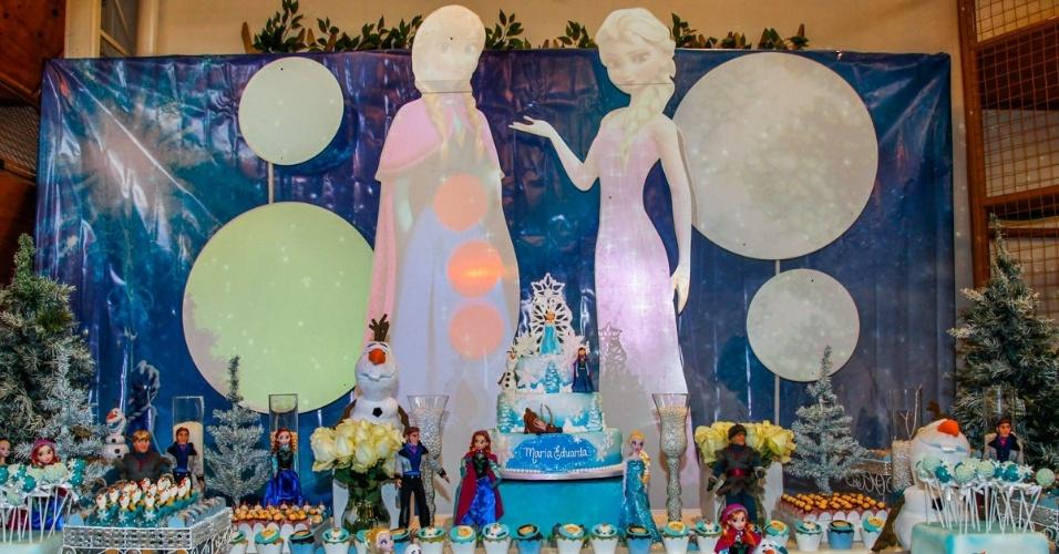 26.jul.2014 - A festa com o tema do filme Frozen foi realizada na tarde deste sábado, em São Paulo