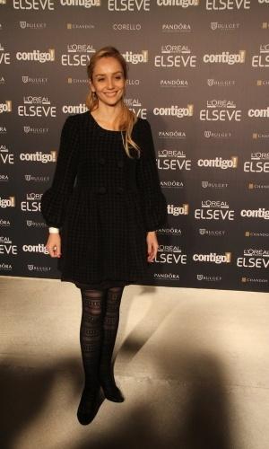28.jul.2014 - A atriz Simone Spoladore prestigou a 16ª edição do Prêmio Contigo! de TV, realizado no hotel Copacabana Palace, no Rio