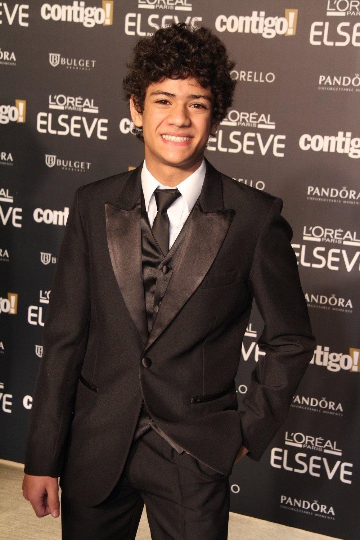 28.jul.2014 - O ator Gabriel Santana prestigou a 16ª edição do Prêmio Contigo! de TV, realizado no hotel Copacabana Palace, no Rio. Ele concorreu ao troféu de melhor ator infantil por