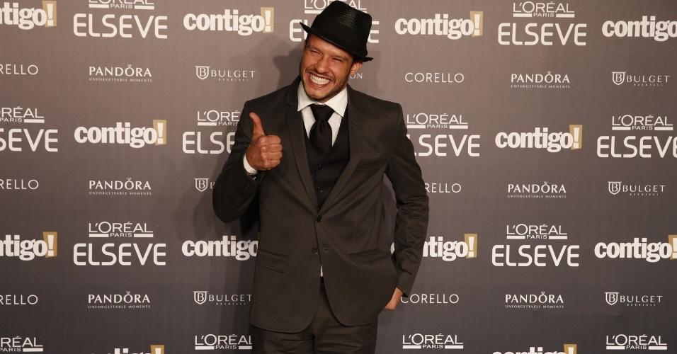 28.jul.2014 - O ator Nando Rodrigues prestigou a 16ª edição do Prêmio Contigo! de TV, realizado no hotel Copacabana Palace, no Rio