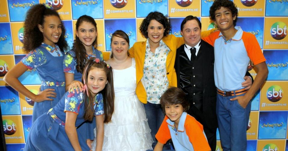 """29.jul.2014 - Rita de Cássia e Ariel Goldenberg participam do capítulo que aborda a Síndrome de Down em """"Chiquititas"""""""
