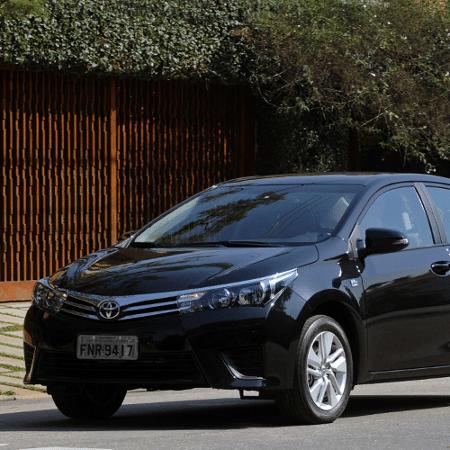 Toyota Corolla GLi, modelo alugado por Alex Santana (PDT-BA) - Murilo Góes/UOL