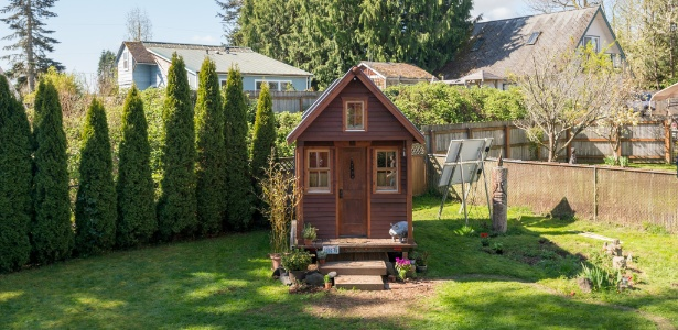 Trailer de Dee Williams torna-se casa permanente nos EUA. A construção mede 8 m² - Stuart Isett/ The New York Times
