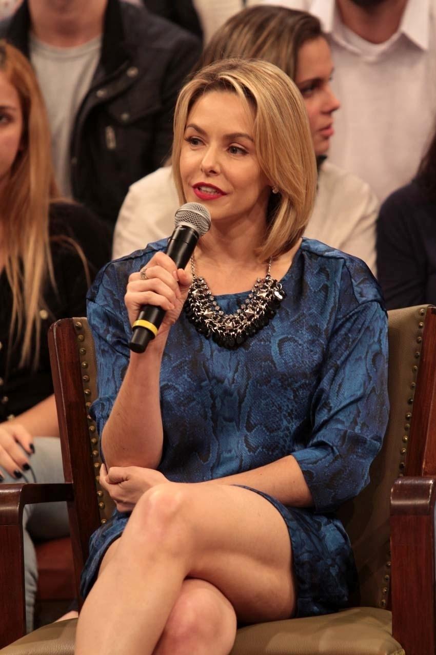 31.jul.2014 - A atriz Bianca Rinaldi conversa com a plateia nas gravações do