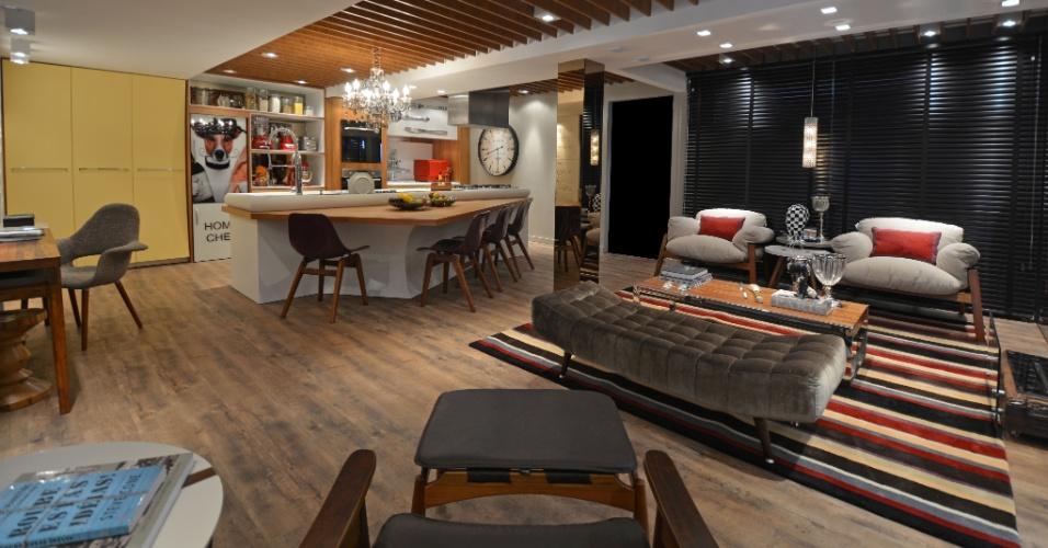 Com 46 m², o Home Chef, de Hellen Zanoletti Firmino e Renato Cesar Ferrari, integra área gourmet, estar e