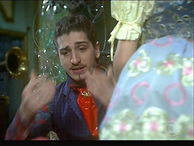 Ferdinando conta a Catarina que Serelepe fugiu de casa