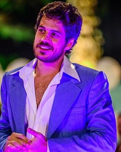 "Marco Pigossi é Rafael em ""Boogie Oogie"""