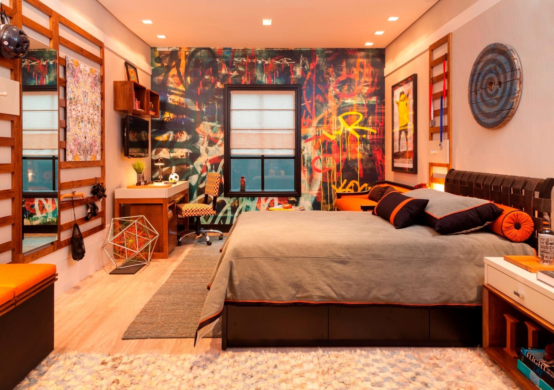 Inspirada no adolescente atual, a arquiteta Marta Calasans (www.martacalasans.com.br) projetou o espaço de 16,60 m² para a Mostra Quartos