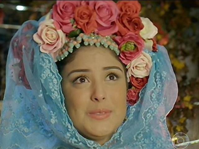 Rosinha se emociona no casamento com Giácomo