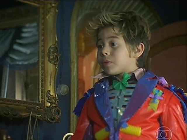 Serelepe procura Ferdinando diz que vai fugir porque Coronel Epa não quer adotá-lo