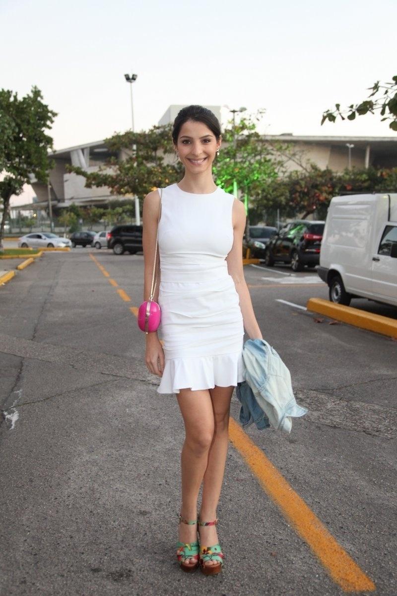 4.ago.2014 - A atriz Gisele Batista se reuniu com o elenco de