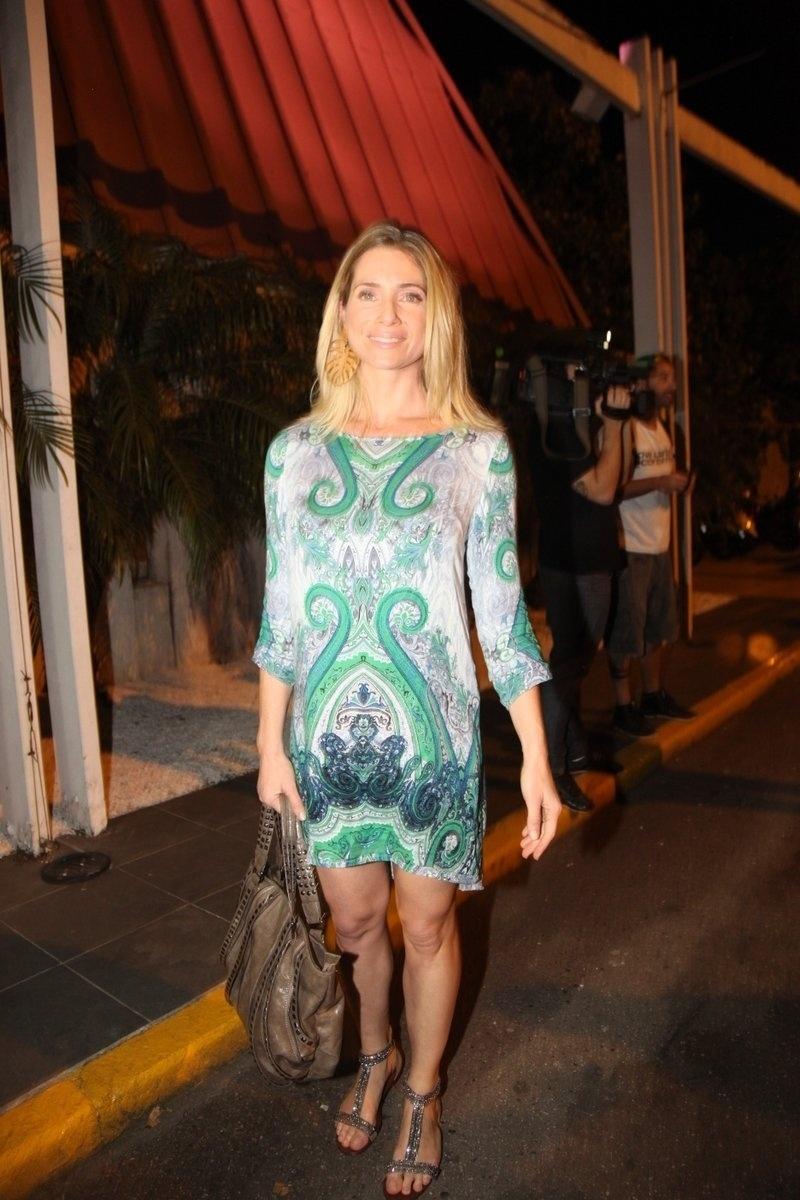 4.ago.2014 - A atriz Letícia Spiller se reuniu com o elenco de