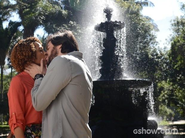 Herval beija Verônica em Geração Brasil