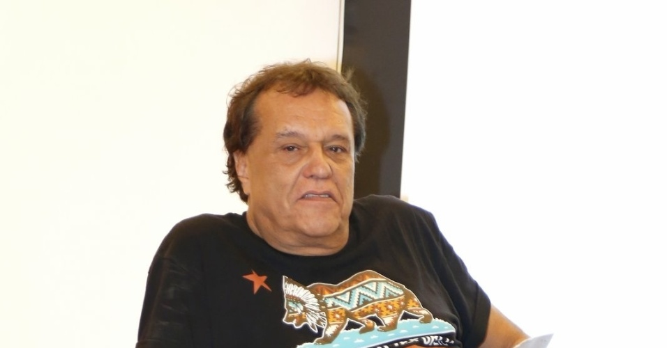 """5.ago.2014 - O diretor Dennis Carvalho participa do lançamento do """"Criança Esperança"""", no Projac, no Rio"""