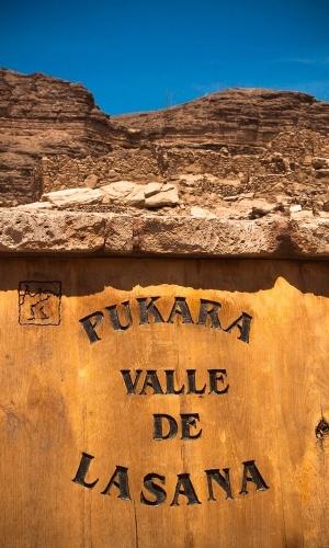 Construída no século 12, a fortaleza de Pukará de Lasana ainda hoje mantém parte de sua estrutura de pé, mostrando as técnicas de construção do povo atacamenho