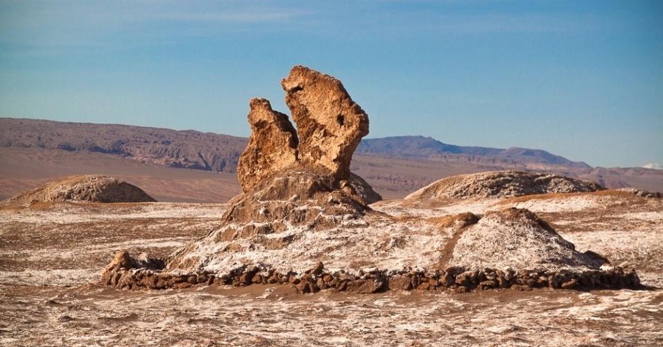 Formações rochosas no deserto do Atacama, no Chile, são alguns dos atrativos naturais conhecidos da região