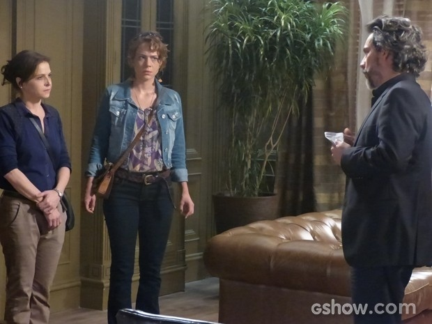 José Alfredo rejeita Cora e Cristina em