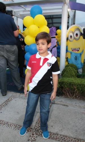 06.ago.2014-  Rodrigo Silva, filho de Faustão, marca presença na festa de Pietro Mesquita em um buffet infantil em São Paulo