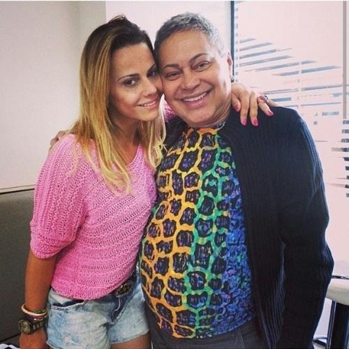 """6.ago.2014 - Viviane Araújo também era amiga do promoter Glayson Muniz, que morreu aos 62 anos no Rio de Janeiro. """"Querido Glaycon descanse em paz! #luto"""", escreveu"""