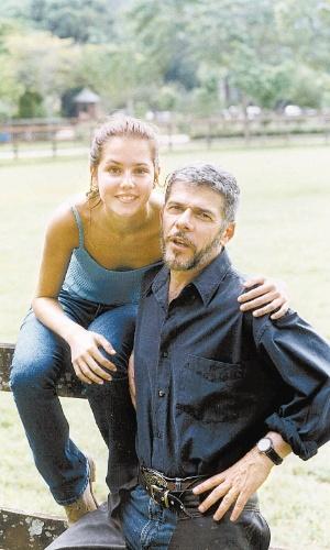 Íris (Deborah Secco) e Pedro (José Mayer)