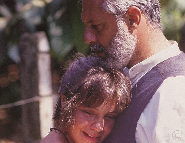 Mariana (Adriana Esteves) e José Inocêncio (Antonio Fagundes)