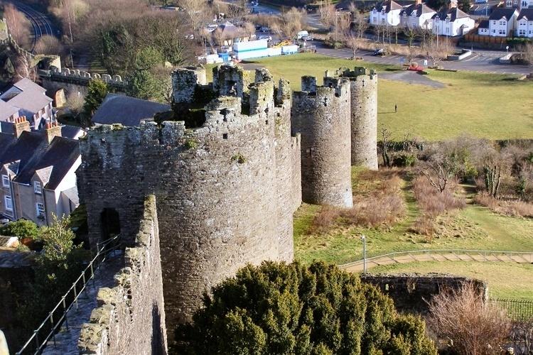 Muralhas da cidade de Conwy ? País de Gales