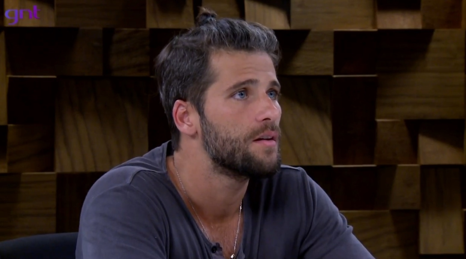 Bruno Gagliasso admite que traiu a mulher Giovanna Ewbank em entrevista à Marília Gabriela