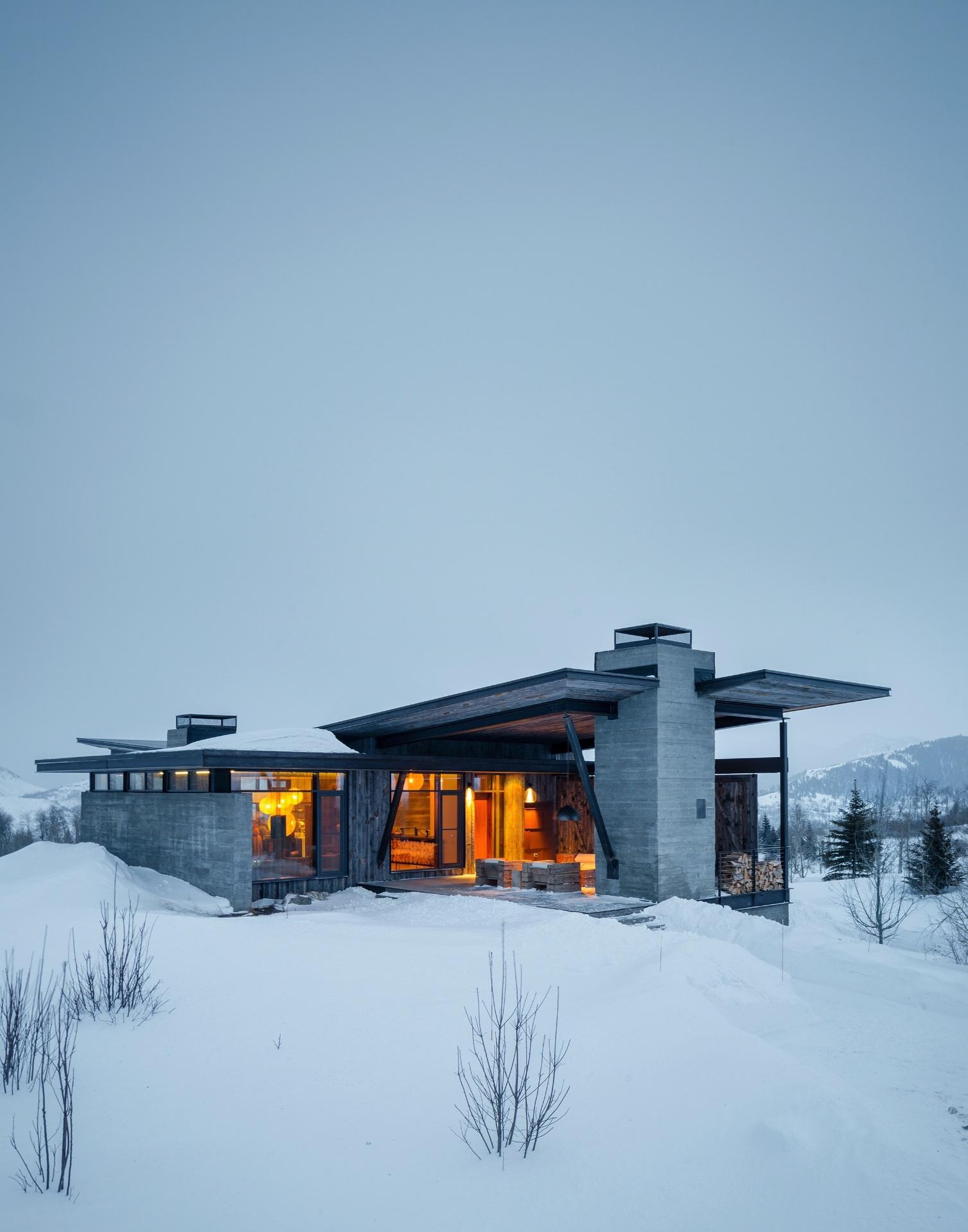 A casa também integra de maneira harmoniosa e bela a paisagem do vale Jackson Hole, nos EUA (Imagem do NYT, usar apenas no respectivo material)