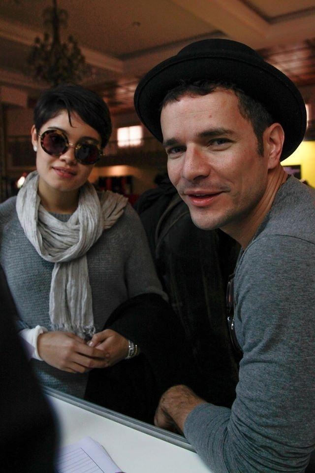 08.ago.2014 - O ator Daniel de Oliveira, acompanhado pela namorada Sophie Charlotte, no Festival de Gramado. Ele está no filme
