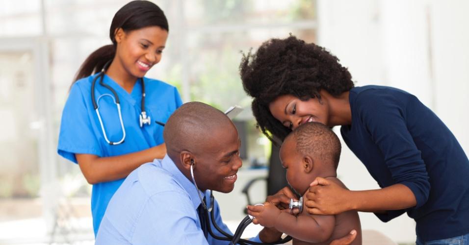 pediatra, mãe, bebê