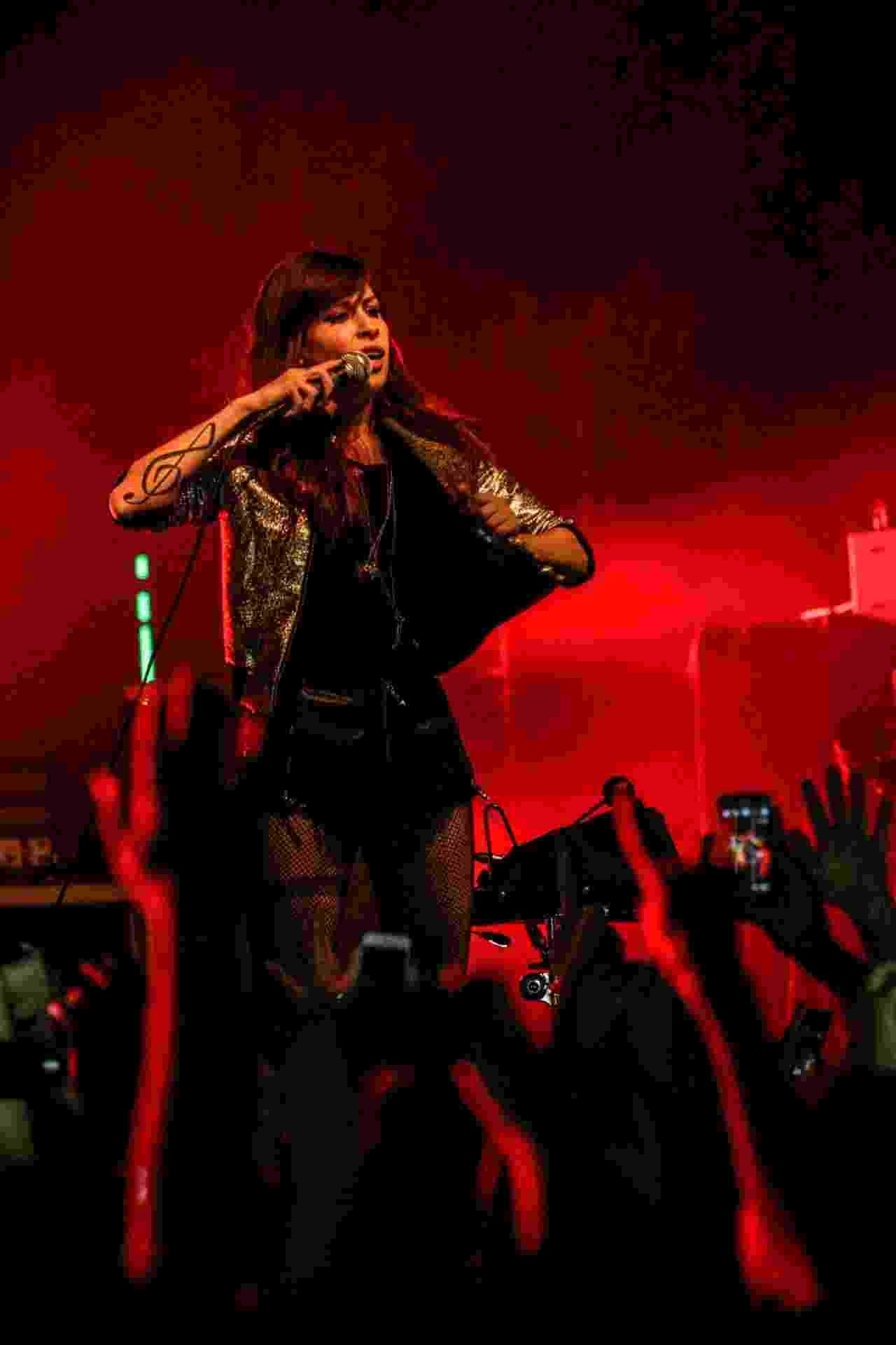 """9.ago.2014 - A cantora baiana Pitty apresenta o seu mais novo álbum """"Sete Vidas"""" na Audio Club, em São Paulo - Leo Franco/AgNews"""