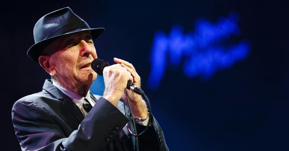4.jul.2013 - Leonard Cohen, durante sua apresentação no Festival de Jazz de Montreaux