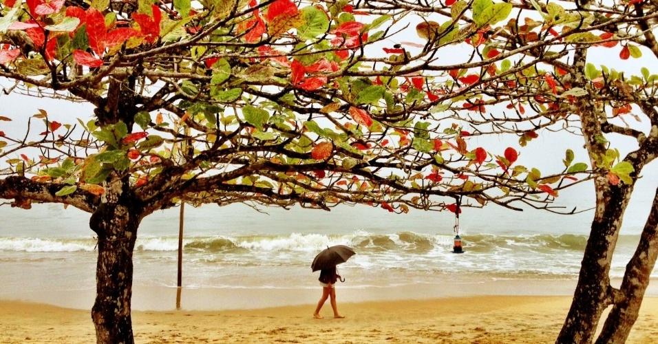 Ubatuba é um dos destinos mais lindos de São Paulo. Frequentemente, porém, a chuva chega para atrapalhar os passeios do turista