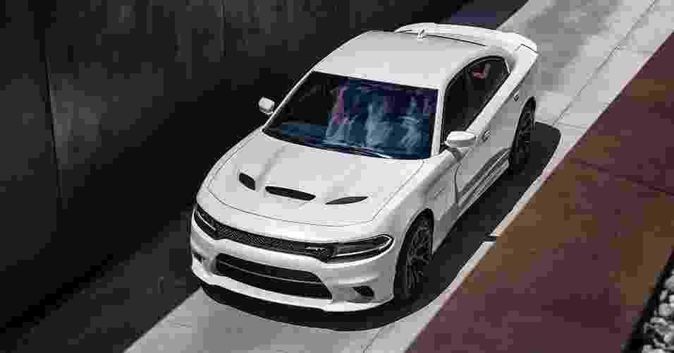 Dodge Charger SRT Hellcat 2015 - Divulgação