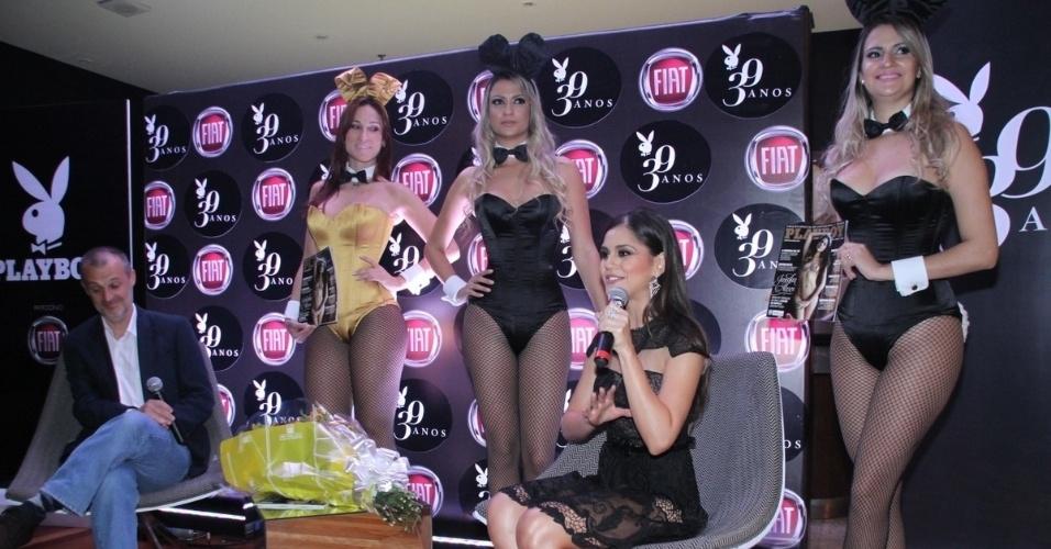 """14.ago.2014 - Jessika Alves conversa com a imprensa durante lançamento da """"Playboy"""" no Hotel Pestana, em Copacabana. A atriz é capa da edição de aniversário da publicação"""