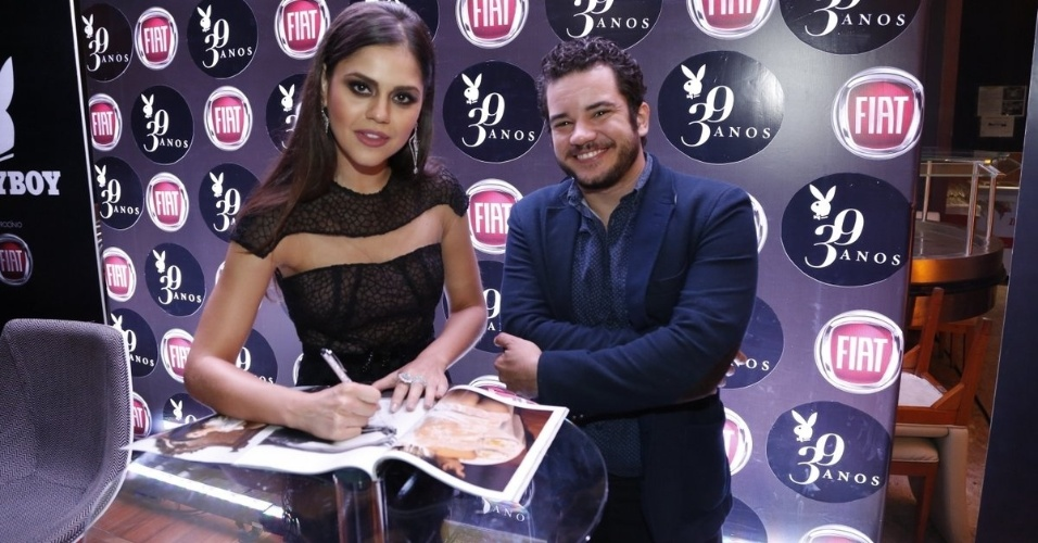 """14.ago.2014 - Thiago Mendonça prestigia lançamento da """"Playboy"""" de Jessika Alves no Rio de Janeiro"""