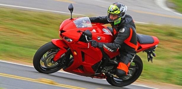 Uma única pastilha de freio da Honda CBR 600 RR custa R$ 300 - Mario Villaescusa/Infomoto