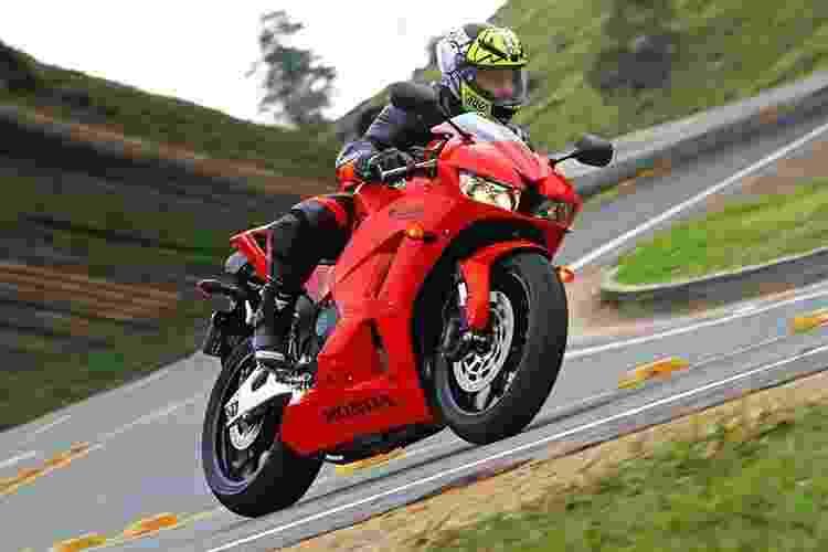 Honda CBR 600RR 2014 - Mario Villaescusa/Infomoto