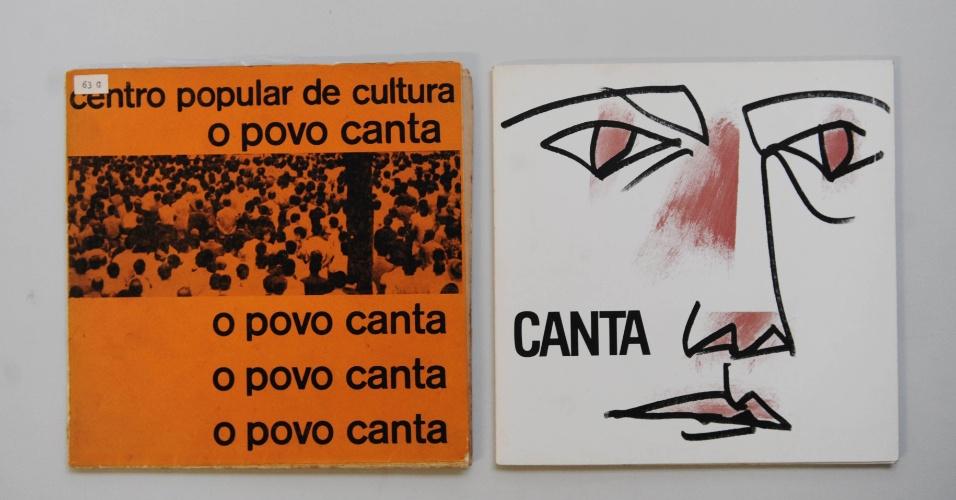"""15.ago.2014 - Na coleção de Zero Freitas, os compactos da UNE """"O Povo Canta"""", na versão original de 1961 e em sua versão relançada nos anos 80"""