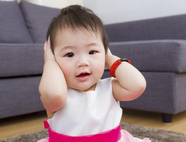 É na adolescência que se sente mais fortemente os efeitos da orelha de abano na autoestima - Getty Images