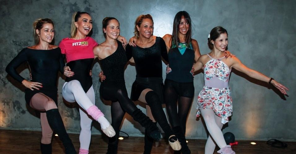 16.ago.2014 - Sabrina Sato faz aula de balé diferente, o