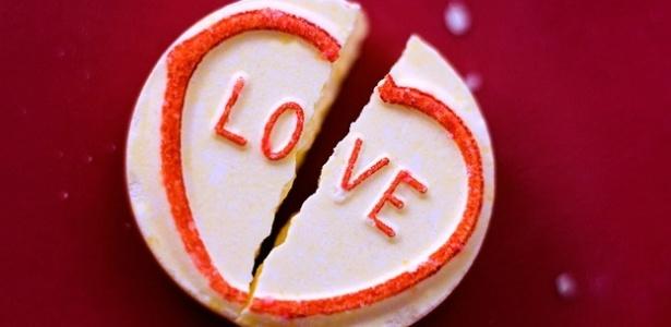 Estudo diz que morte de pessoas queridas aumenta chances de problema cardíaco - BBC