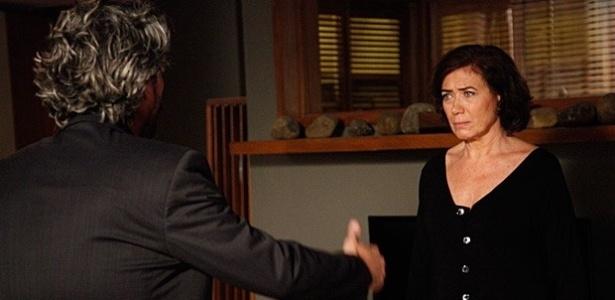 """Em """"Império"""", Maria Marta exige saber se José Alfredo tem uma amante"""